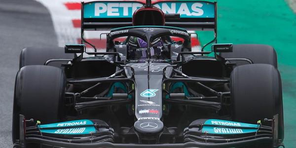 Hamilton najbrži na 2. treningu u Austriji